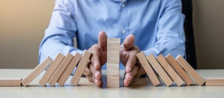 Minimal Risk Trades on Binarycent